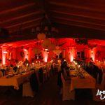 ambiente Beleuchtung in Rot-Orange von Forsthof Almhütte